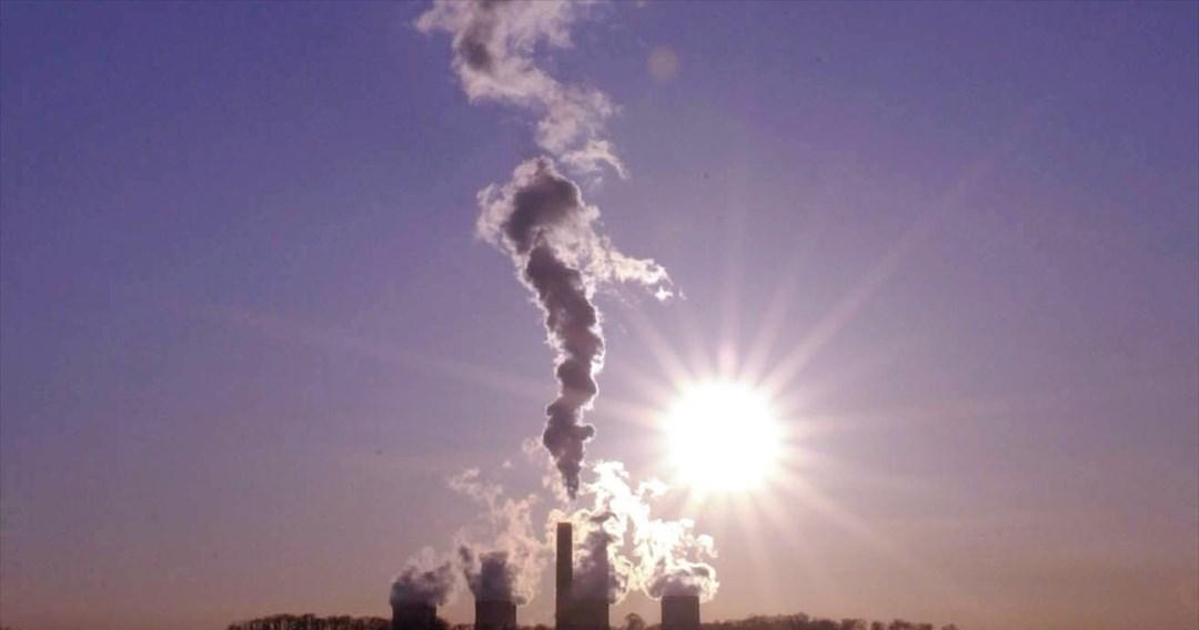 Επενδύσεις ενός τρισ. δολαρίων σε ορυκτά καύσιμα καταγγέλλει η Greenpeace, παρά την κλιματική κρίση
